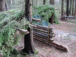 Площадка для отработки упражнений по выживанию в безлюдной местности